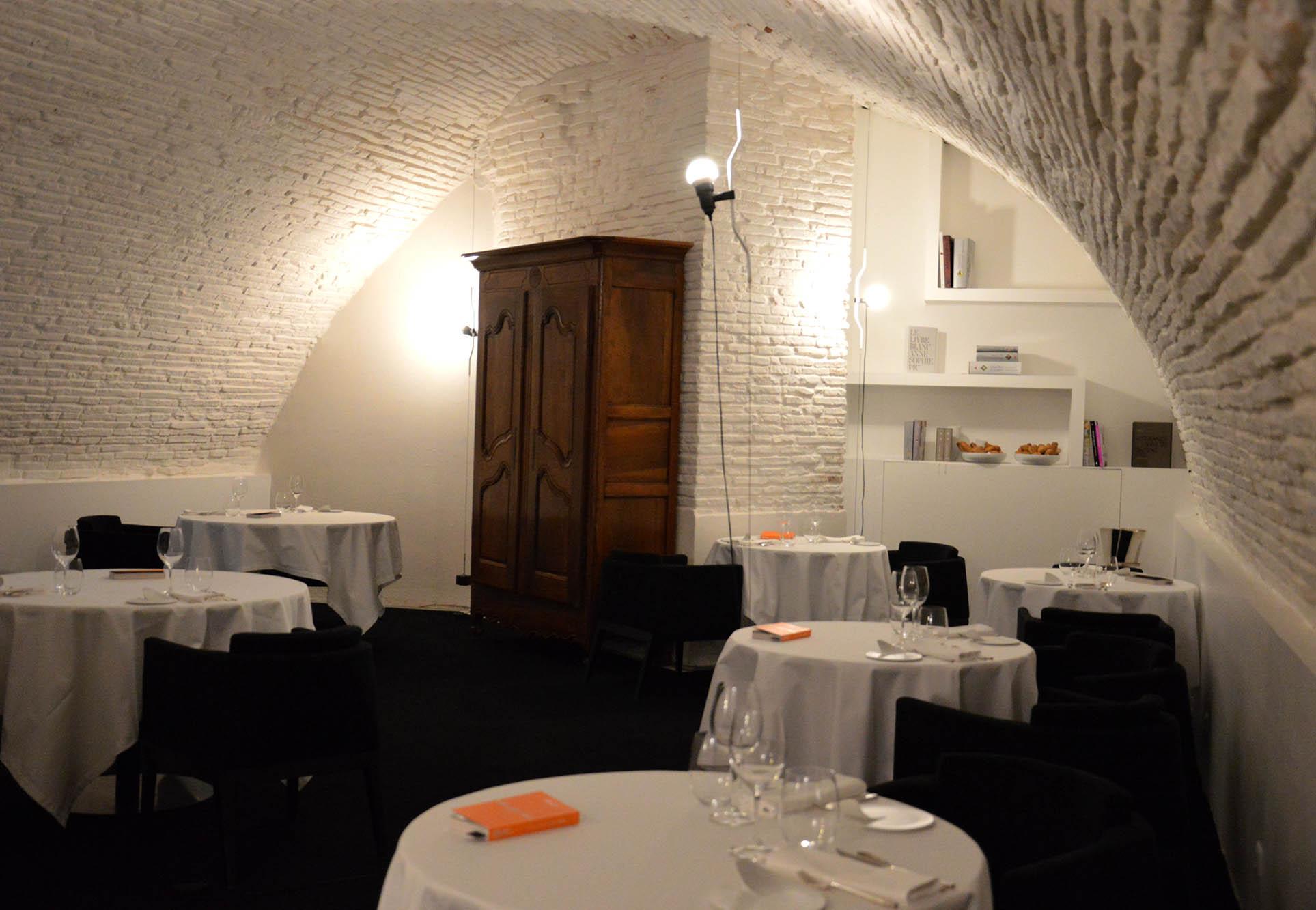 restaurant gastronomique le py r toulouse sudissimo. Black Bedroom Furniture Sets. Home Design Ideas