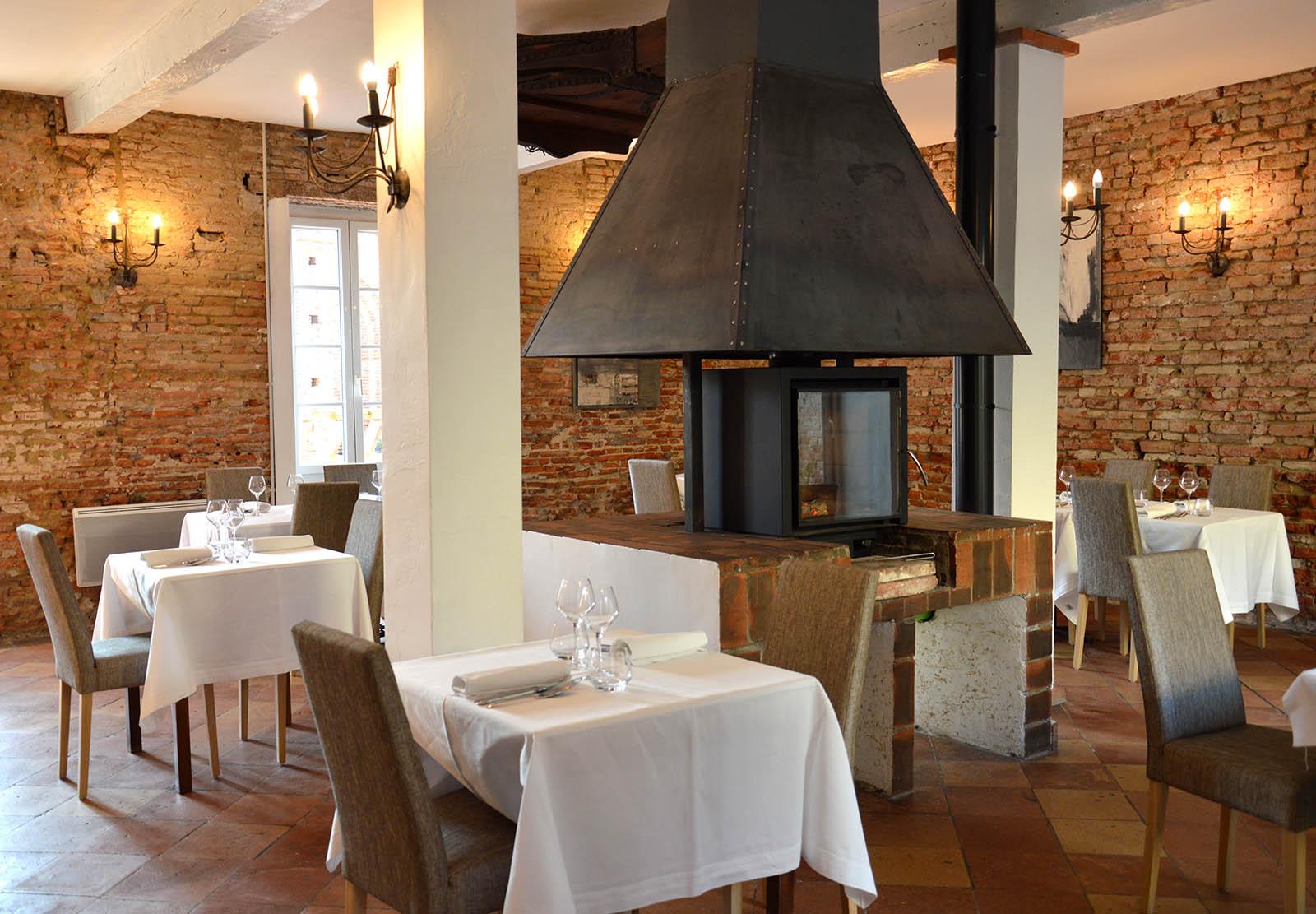 restaurant l 39 auberge de la forge lavalette toulouse sudissimo. Black Bedroom Furniture Sets. Home Design Ideas