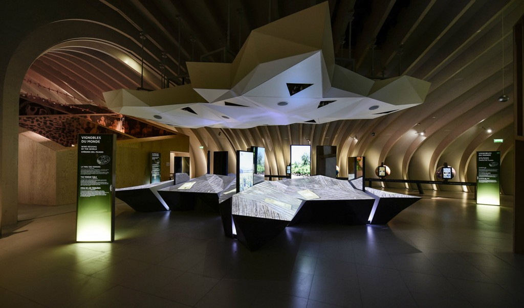 cite-du-vin-interieur-bordeaux