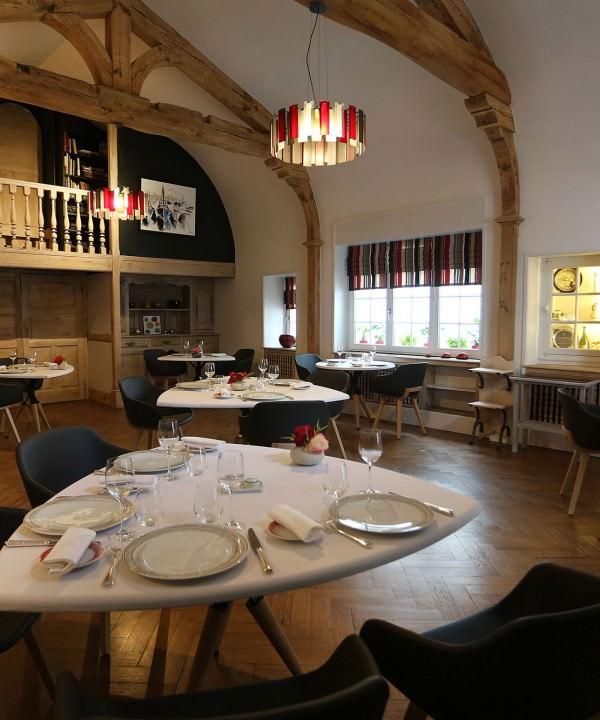 La table des frères Ibarboure à Bidart au pays basque