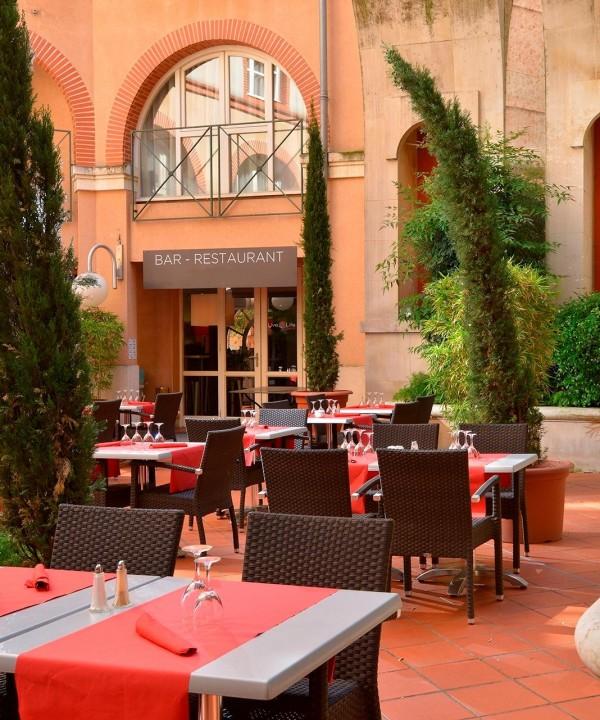 Grand patio 7 du plaza Toulouse