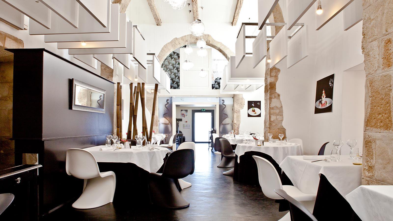 Restaurant la table saint crescent by lionel giraud 1 - Restaurant la table villeneuve d ascq ...