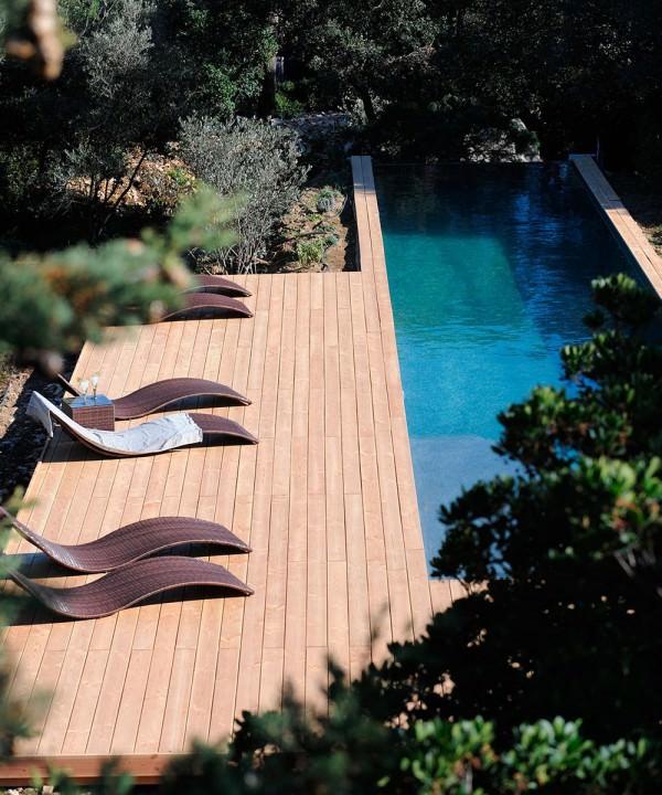 maison-hotes-design-nimes-gard-piscine