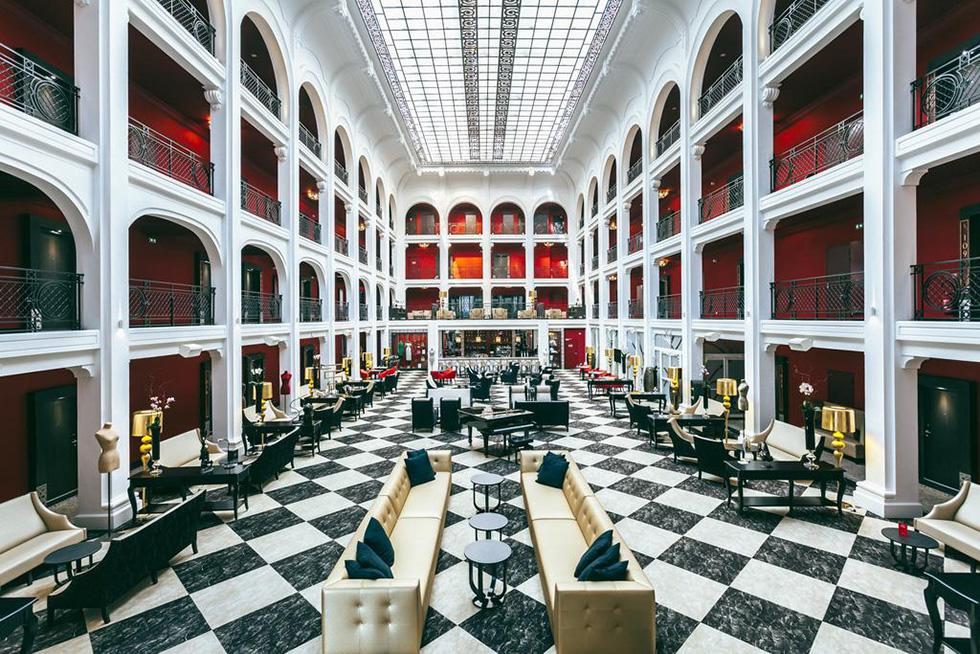 hotel-regina-biarritz