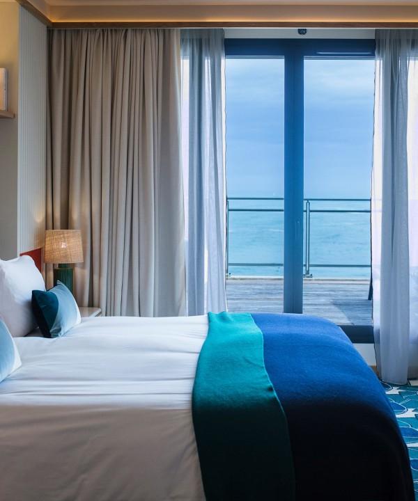 hotel-cafe-de-paris-grande-plage-biarritz