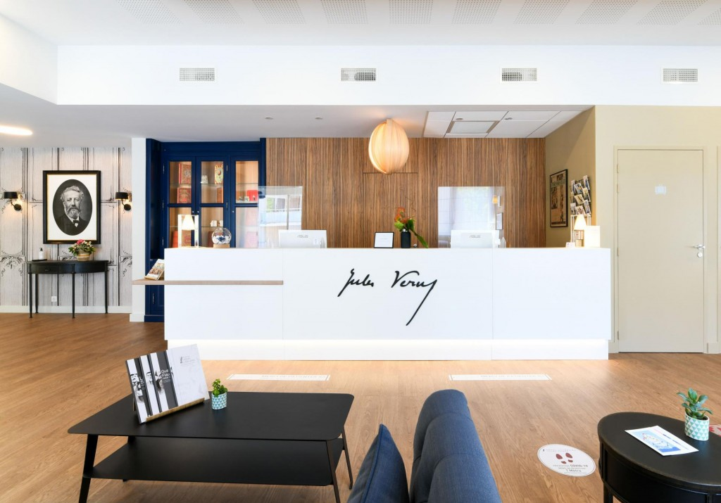 lobby-hotel-jules-verne-biarritz
